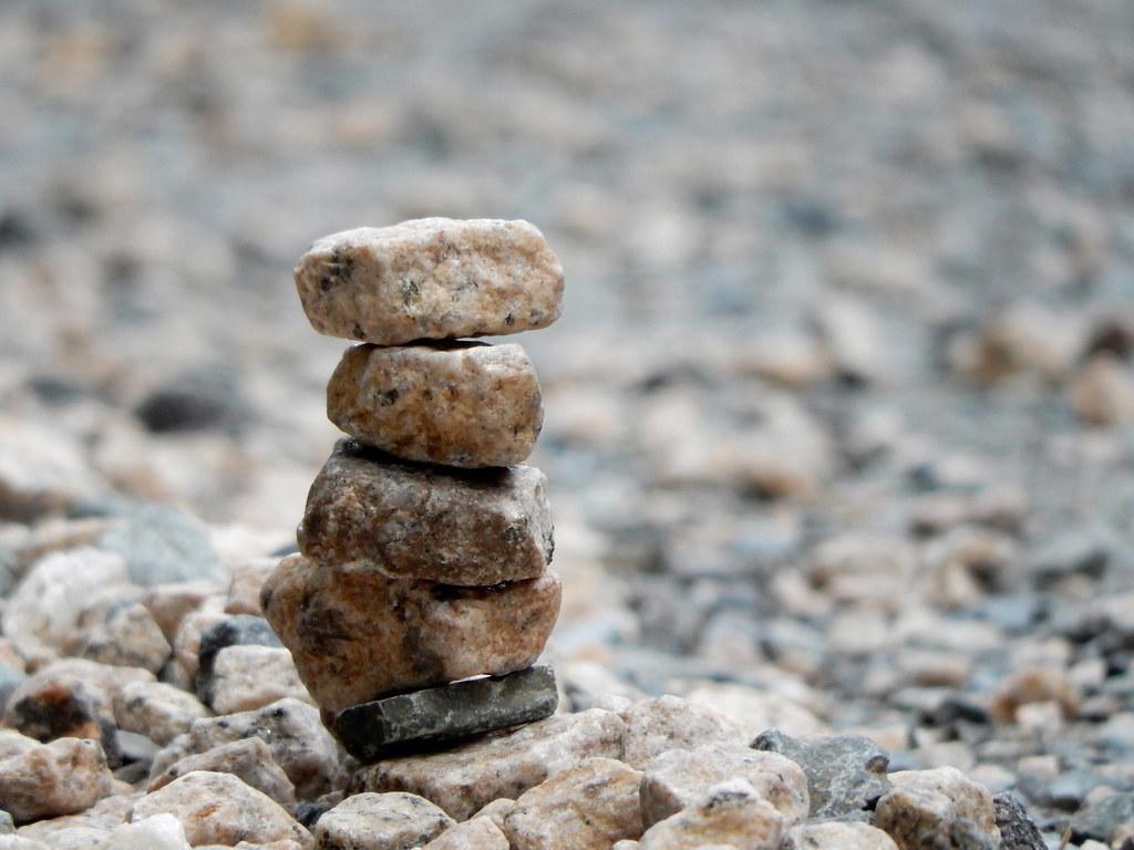 stacked rocks on a beach, credit: https://flic.kr/p/LhbFfr